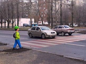 Николаев, переходы, дороги, школьники