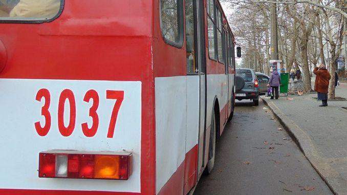 Нрколаев, троллейбус, электротранс, пассажиры, скорая помощь