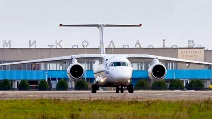 Николаевский аэропорт, полеты из Николаева, рейсы из Николаева, самолет из Николаева