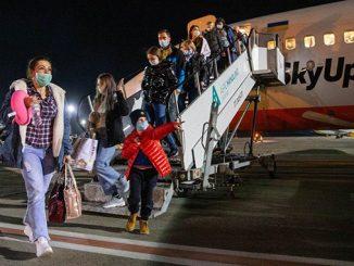 Италия, эвакуация, самолет, коронавирус, автобус Милан - Николаев
