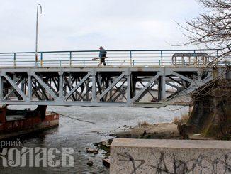 Ингульский пешеходный мост, понтонный мост в Николаеве