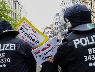 Берлин, коронавирус, карантин в Германии, протесты в Берлине, полиция, ЕС