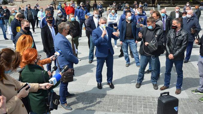 карантин в Николаеве, карантин, Николаев, рынки, митинг, протест, Сенкевич, Ахрамеев, новости, продукты, салоны красоты, парикмахерские, коронавирус,