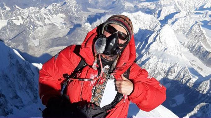 Эверест в вышиванке, Эверест, Козубский, Киев, Украина, День вышиванки, вышиванка, альпинизм, восхождение, туризм, люди, горы