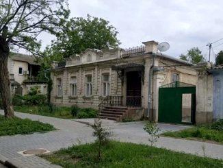Спасская 71, Николаев, выселение с детьми