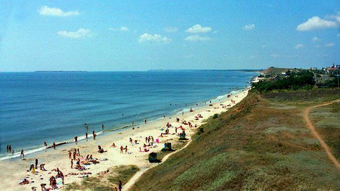 Городской пляж в Очакове, отдых в Николаевской области, море в Николаеве