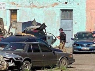 В Полтаве террорист захватил в заложники полицейского