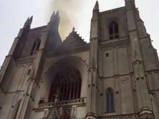 Нант, собор, пожар, Франция, новости, Нотр-Дам, орган ,происшествия