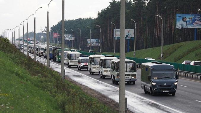 В Минск направляется техник для разгона митингов. Проесты в Минске, выборы в Беларуси, Лукашенко