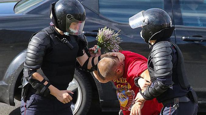 белорусский майдан, Беларусь, протесты, Минск, ОМОН, задержания, выборы в Беларуси