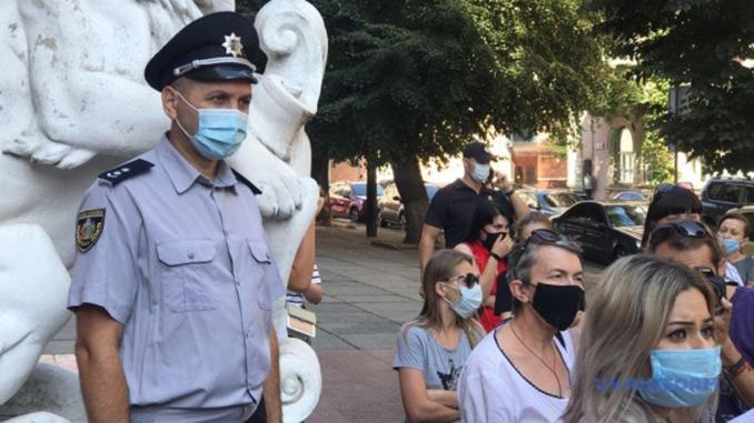 Карантин в Украине, красная зона, Черновцы, маски