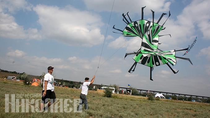 Ultra Fest Trykhaty, фестиваль воздушных змеев в Трихатах, воздушные змеи в Николаеве, куда пойти в Николаеве, туризм, достопримечательности (с) Фото - Анна Рубанская, ВН