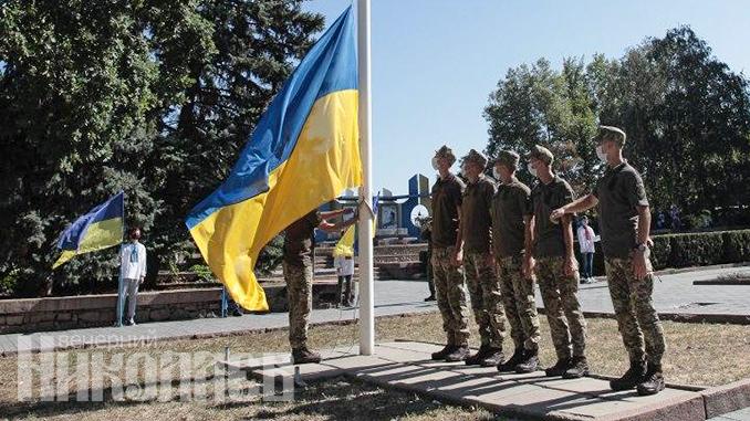 ВСУ, армия, военные, солдаты, флаг Украины, День независимости Украины, День государственного флага (с) Фото - Александр Сайковский