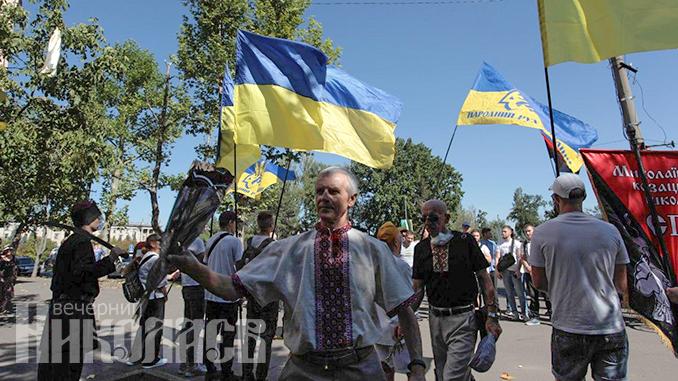 День независимости Украины, Соборная, вышиванки, Николаев (с) Фото - Александр Сайковский, ВН