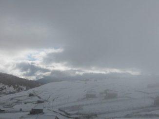 В Карпатах пошел снег, горы, зима, погода в Украине