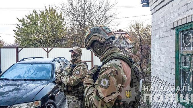 Скрывался 13 лет: николаевские полицейские заденжали фигуранта заказного убийства