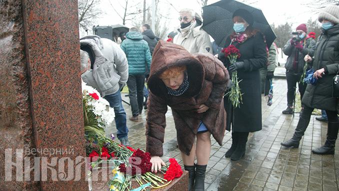 День памяти Холокоста, Николаев, Херсонское шоссе (с) Фото - А. Сайковский, Вечерний Николаев