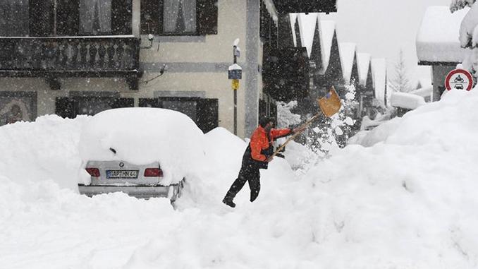 Снег, морозы в Европе, погода, зима
