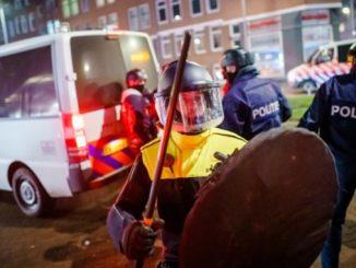 Нидерланды, акция протеста, пандемия, карантин в Европе