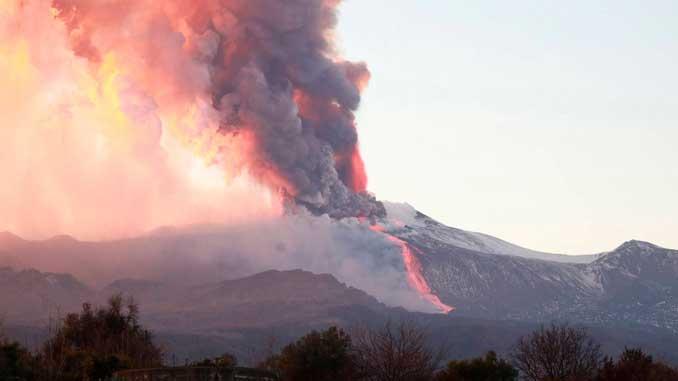 Этна, вулкан, Италия, извержение, новости,