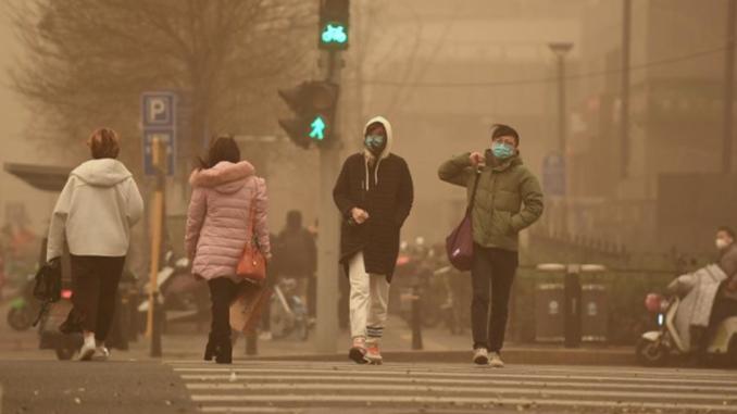 Китай накрыла песчаная буря