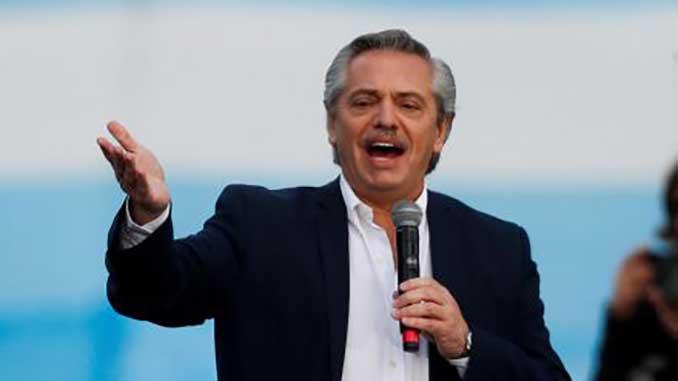 Президент Аргентины, новости, пандемия, коронавирус, вакцина, COVID-19, здоровье, Спутник V,