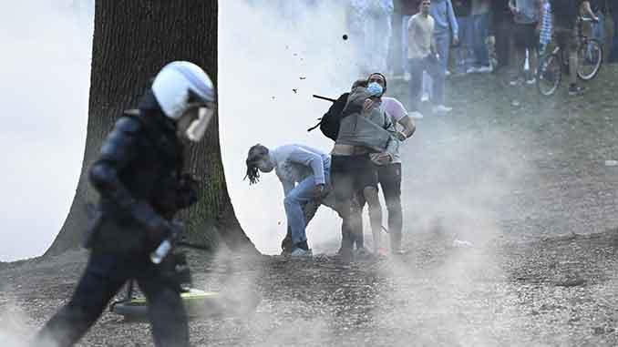 полиция разогнала концерт, Брюссель, Бельгия, новости, концерт, фейк, полиция