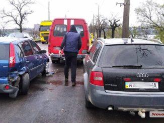 Варваровский мост, ДТП на Варваровском мосту, пробка, происшествия, новости Николаева