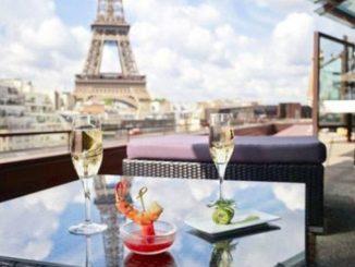 Париж, Франция, скандал, рестораны на карантине
