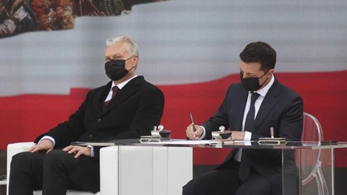 Владимир Зеленский, Анджей Дуда, Польша