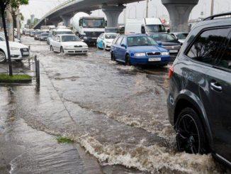 Киев, ливень, потоп, дорожное движение, дожди, пробки