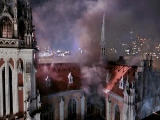 Пожар в костеле Святого Николая в Киеве