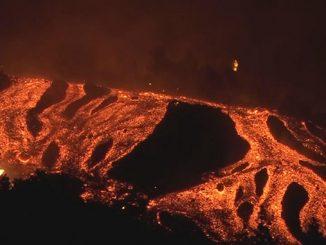 Извержение вулкана Кумбре-Вьеха, Канарские острова