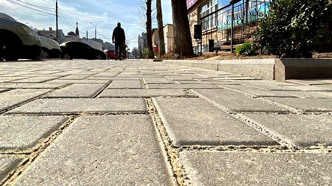 Садовая, сквер Совета Европы, тротуарная плитка, ЖКХ, благоустройство
